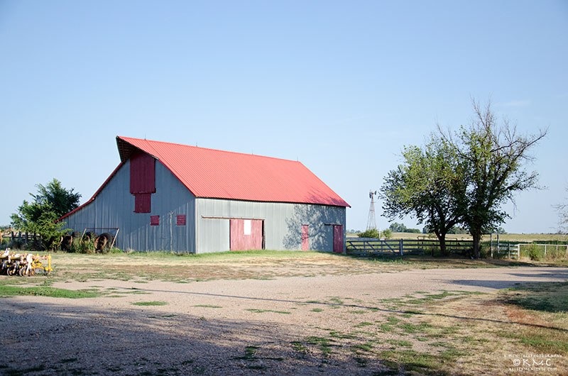 barn-rural-farm-kansas-mcnickle